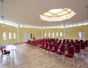 The Gallery room for hire in Stockbridge, Edinburgh. Capacity 100. LifeCare Edinburgh
